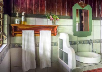 Bathrooms_casonaright_web
